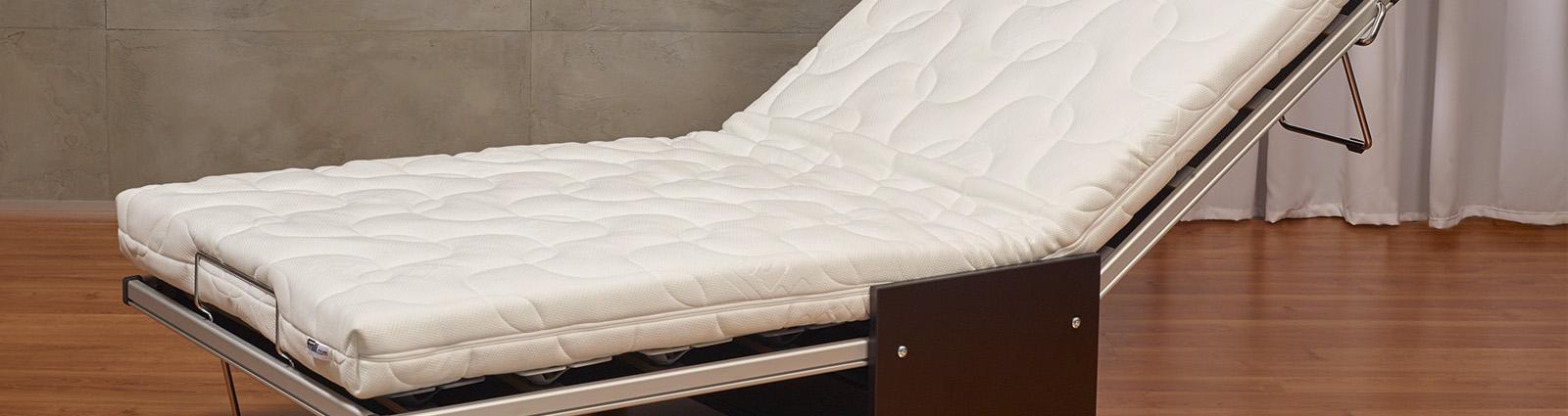 Les lits d'appoint avec les canapés convertibles, les fauteuils et banquettes BZ, les lits pliants,  les lits verticaux, est une solution efficace pour vous assurer flexibilité au niveau du nombre de couchage par chambre et ainsi améliorer votre taux de remplissage en fonction des saisons.