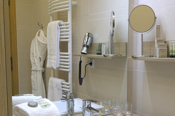 Accessoires Et équipements Pour Salle De Bain De Chambres